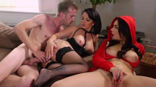 Ca baise à trois avec Valentina Nappi et Amanda X