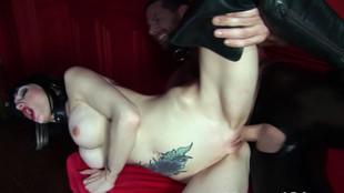 Sofia Valentine adore la bite