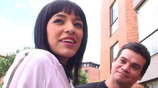 La douce Lucy Hernandez en compagnie de son mec